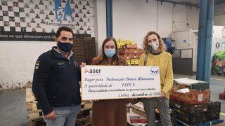 Aser entrega dos cheques a Banco de Alimentos de Madrid y Lisboa