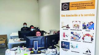 Atreve cumple cinco años defendiendo a los talleres de A Coruña