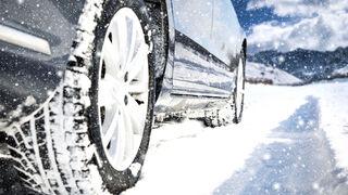 """Adine aconseja neumáticos de invierno ante la llegada de la borrasca """"Filomena"""""""