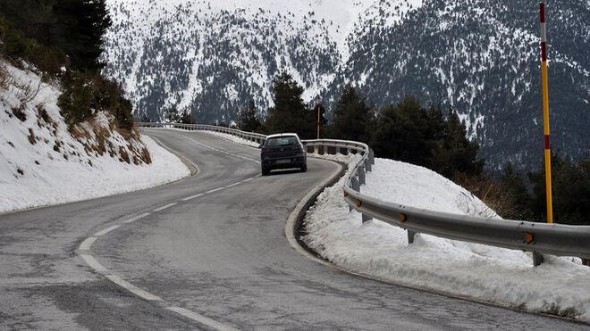 Solo 3 de cada 100 neumáticos que se venden en España son de invierno
