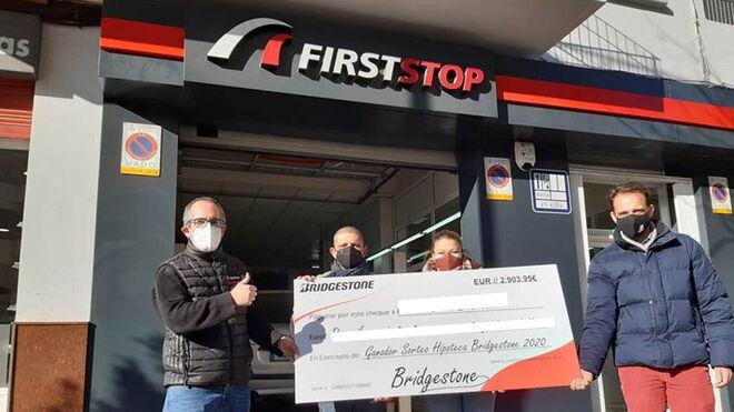 Bridgestone entrega cheques a cinco ganadores de su campaña ¡De esta salimos juntos!