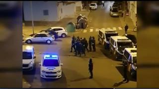 El cierre de un taller ilegal en Jerez de la Frontera (Cádiz) acaba en batalla campal con la Policía