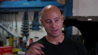 Javier Aparicio, de Motorspeed, explica cómo cambiar el líquido de frenos