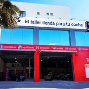 Center's Auto inaugura un taller en Almería