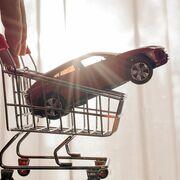 La facturación de talleres y concesionarios cayó el 19,4% en 2020, según el INE