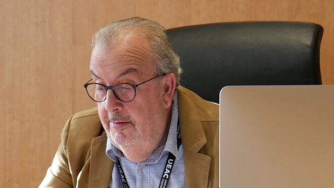 Se jubila Carles Torras, secretario general de la UEAC