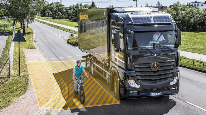 RightViu, nuevo sistema Continental de asistencia de giro para vehículos comerciales
