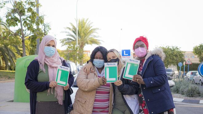Midas y Ayuda en Acción, con las mujeres en riesgo de exclusión social a través de #EllasConducen