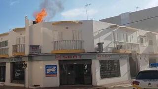 Una chispa provoca el incendio de un taller de Santa Eulària (Ibiza)