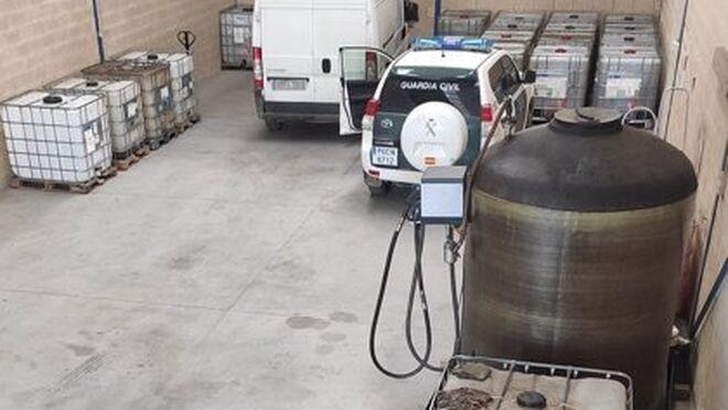 La Guardia Civil clausura un nuevo taller clandestino de venta de carburantes en Burgos