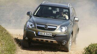 Origen y solución a avería en la pantalla de radio del Opel Antara que se apaga sola
