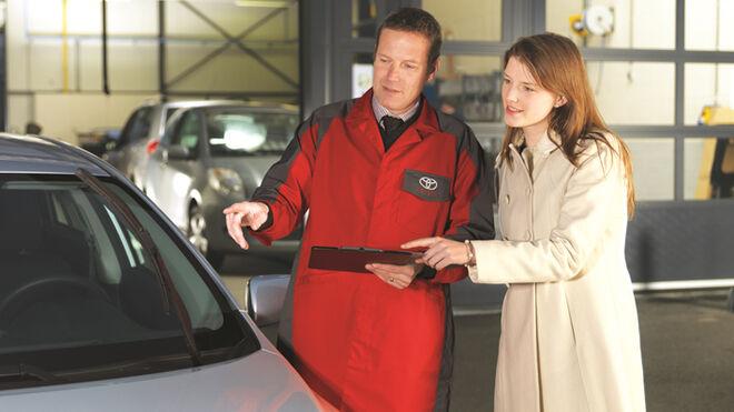 Toyota España amplía a 10 años la garantía si se mantiene el vehículo en su red