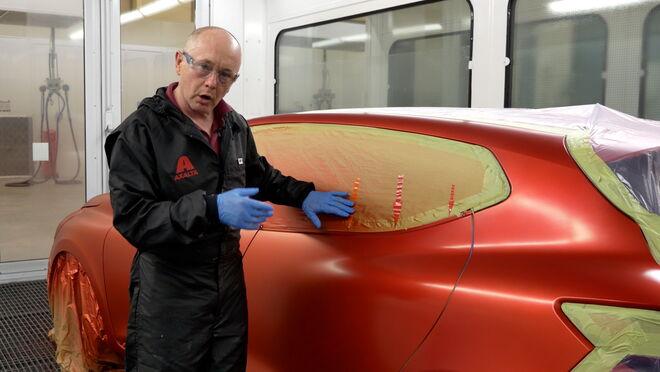 Nuevo videotutorial de Cromax sobre reparación con barnices tintados