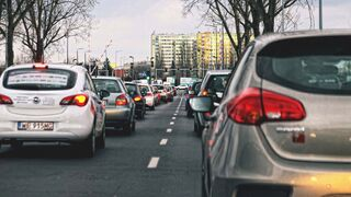 """""""El 70% de coches de más de 10 años llega al taller con frenos o amortiguadores desgastados"""""""