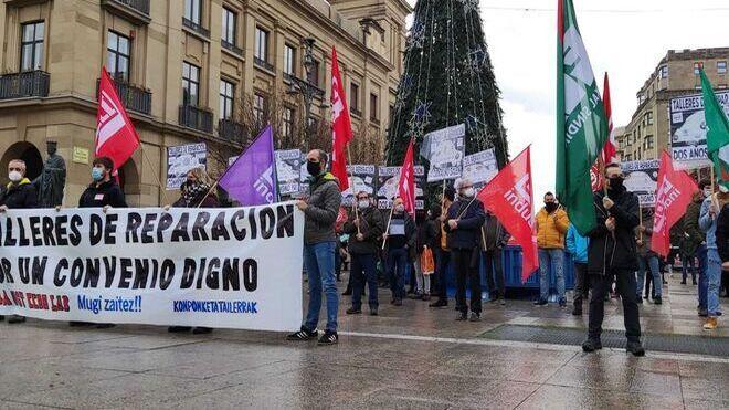 La negociación del convenio de los talleres navarros se enquista y piden la mediación del Gobierno regional