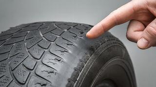 Unos 240.000 vehículos saldrán a la carretera este verano con los neumáticos en mal estado