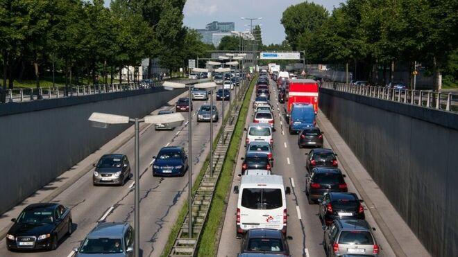 El parque automovilístico español crece hasta los 32,28 millones de vehículos