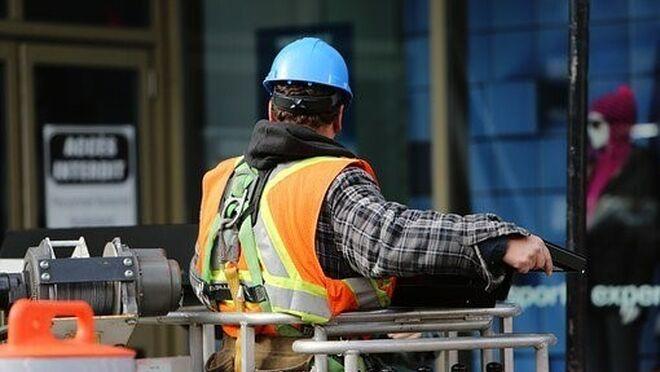 Protección laboral y seguridad en los talleres: la importancia de los EPIS