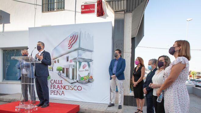 Francisco Peña, fundador de Grupo Peña, da nombre a una calle en Córdoba
