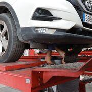 El verano y la Covid disparan las revisiones para viajar en coche en Castellón