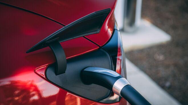 Roberlo impartirá un webinar gratuito sobre repintado de coche eléctrico